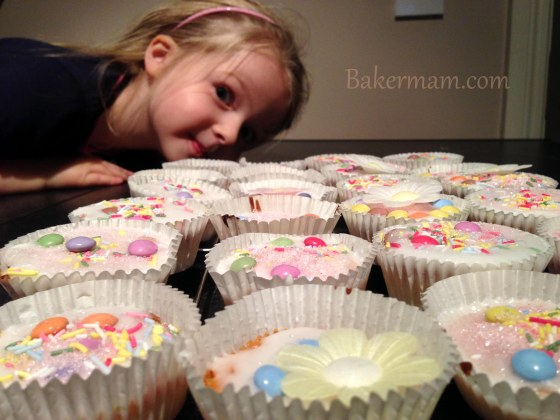 image of Zoe and her Fairy Cakes